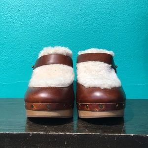 Never worn Madewell Sheerling clogs